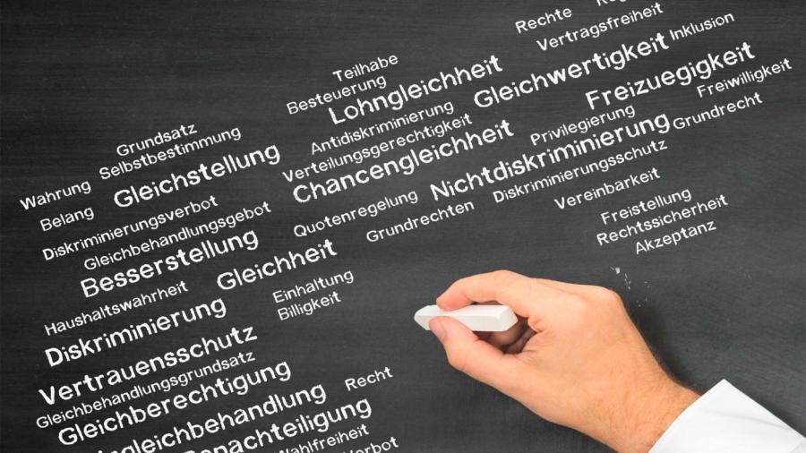 Daimler-Gesamtbetriebsrat-verstößt-fortwährend-gegen-seine-ergebene-Verpflichtung